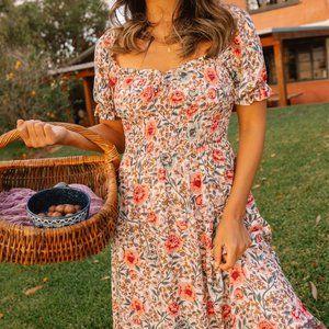 ARNHEM Juliette Shirred Floral Midi Dress RRP$209